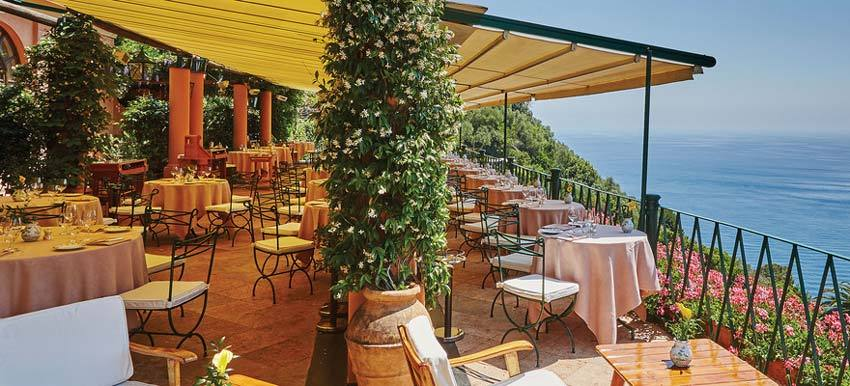 Terrace restaurant of Hotel Splendido for weddings in Portofino on the Riviera