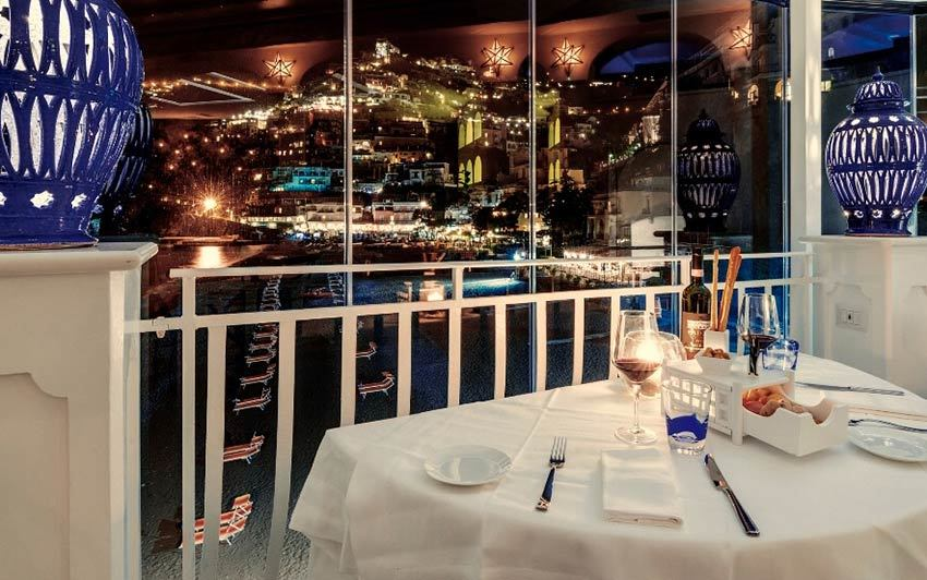 Restaurant for wedding banquets with panorama of Positano