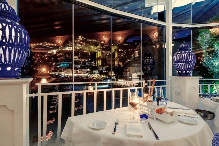 Positano panoramic restaurant for wedding receptions