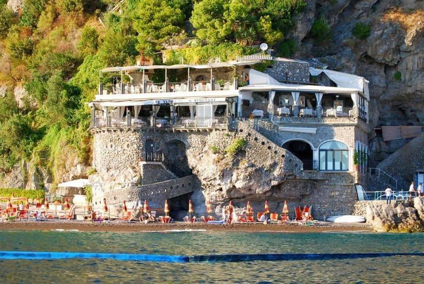Panoramic restaurant for wedding receptions in Positano