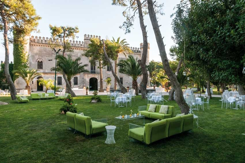 Cocktail in the gardens of Castello Monaci in Puglia