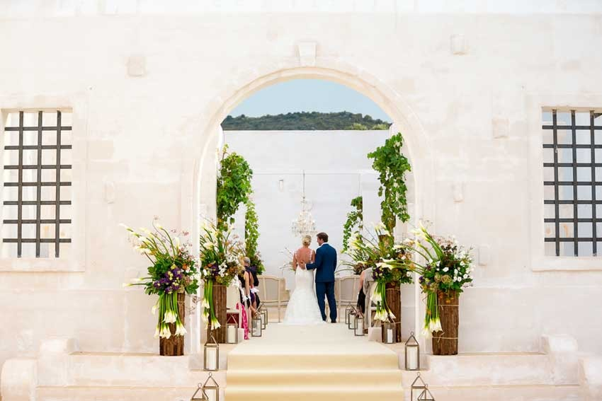 Wedding ceremony at Masseria Le Carrube near Ostuni in Puglia