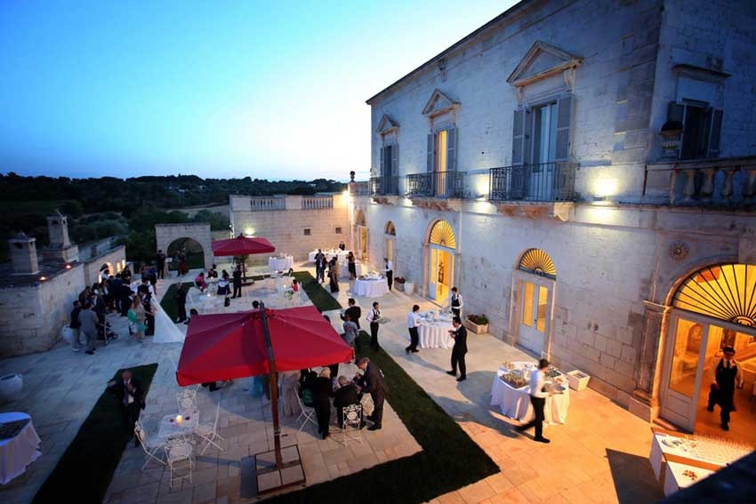 Wedding cocktail at Masseria Traetta in Puglia