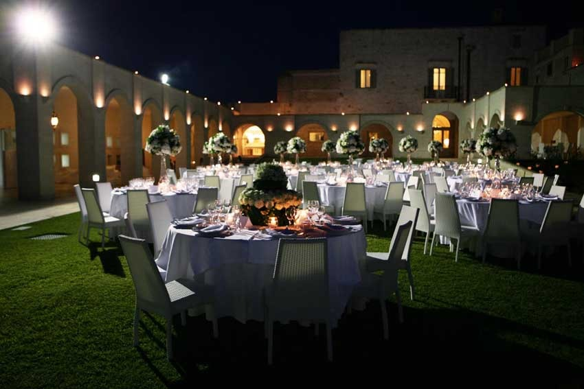 Outdoor wedding reception at Masseria Traetta in Puglia