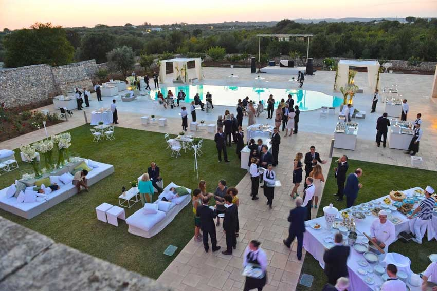 Wedding cocktail by the poolside at Masseria Traetta in Puglia