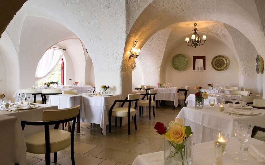 Restaurant of Torre Coccaro for destination weddings in Puglia
