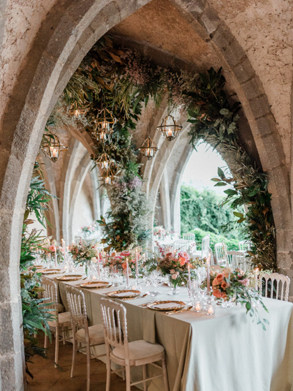 Wedding reception in the crypt of Villa Cimbrone