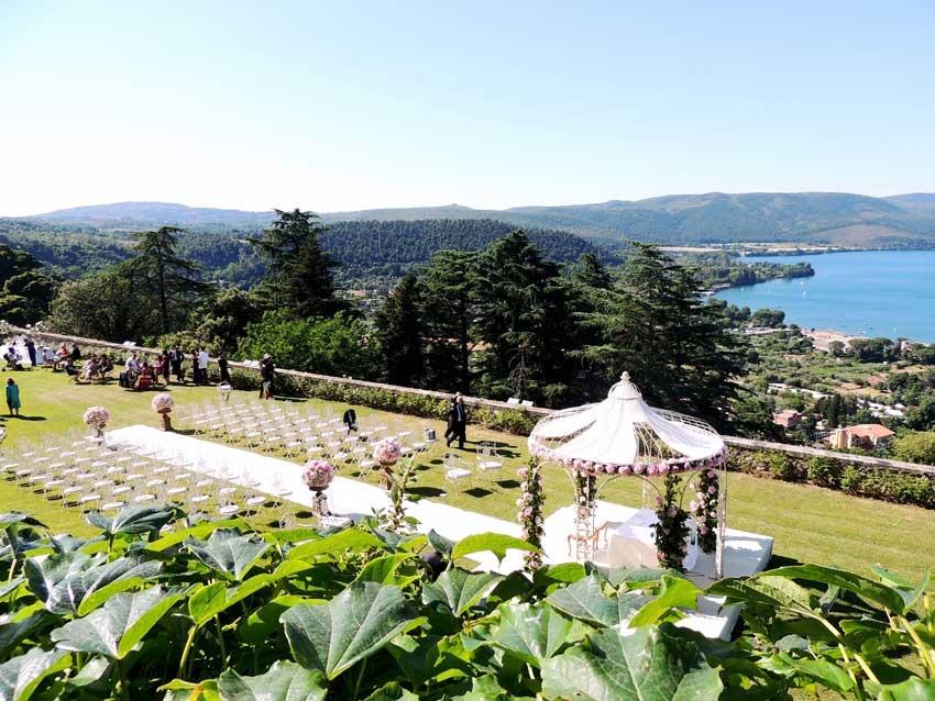 Gardens of Castello Odescalchi for castle weddings near Rome
