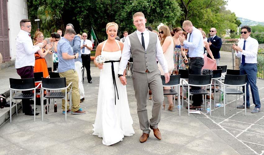 Outdoor civil ceremony in Villa Fondi Sorrento