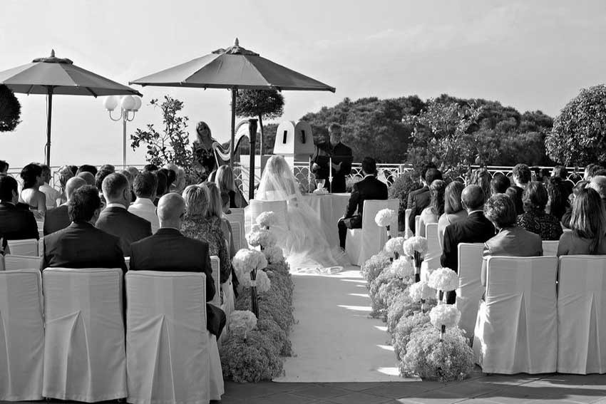 Symbolic wedding ceremony at Capri Palace
