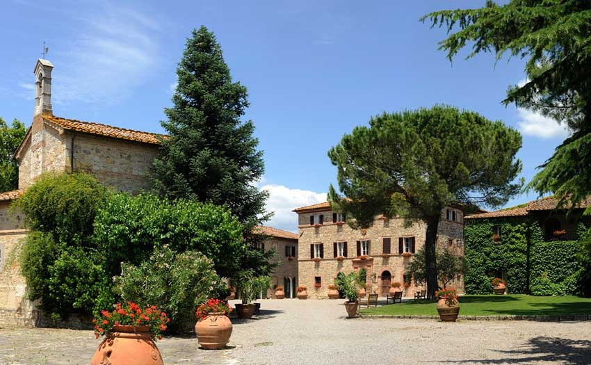 Borgo San Felice for castle weddings in Siena