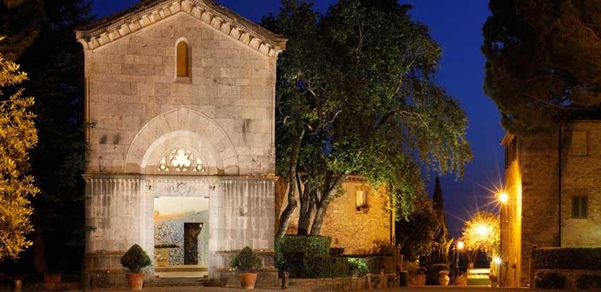 Chapel of Borgo San Felice for weddings in Tuscany