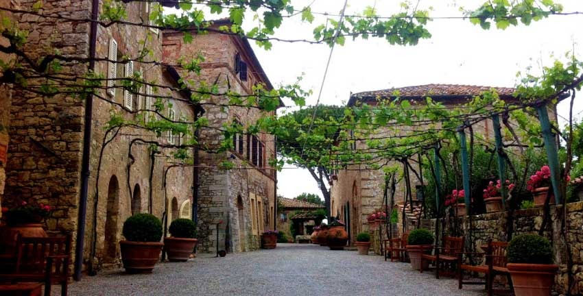 Borgo San Felice for castle weddings in Tuscany