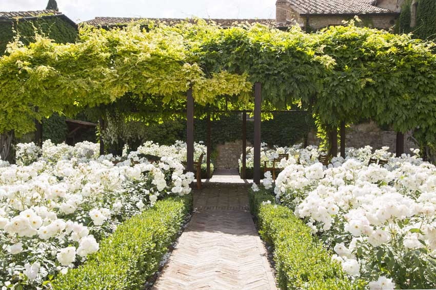 Gardens of Castello Banfi for castle weddings in Tuscany
