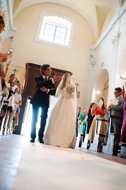 Tuscany wedding with catholic ceremony in Chianti