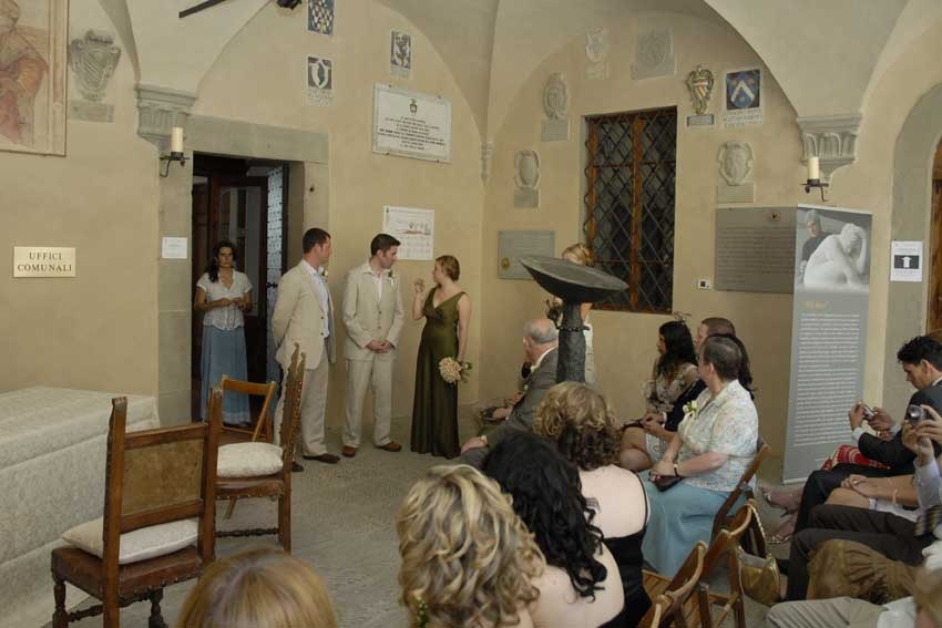 Civil wedding in Tuscany Radda in Chianti