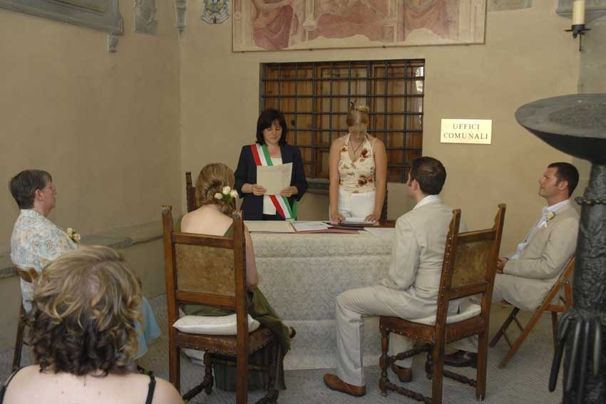 Civil ceremony in Tuscany Radda in Chianti
