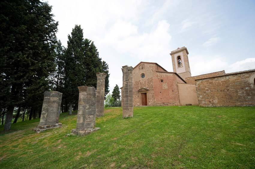 Church of Sant'Appiano for weddings in Tuscany