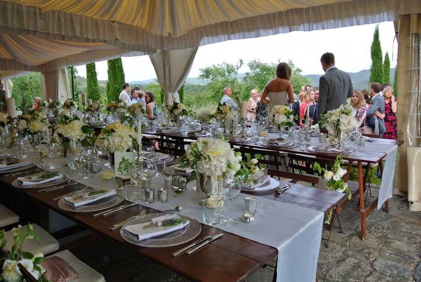 Wedding reception at Casa Cornacchi near Siena