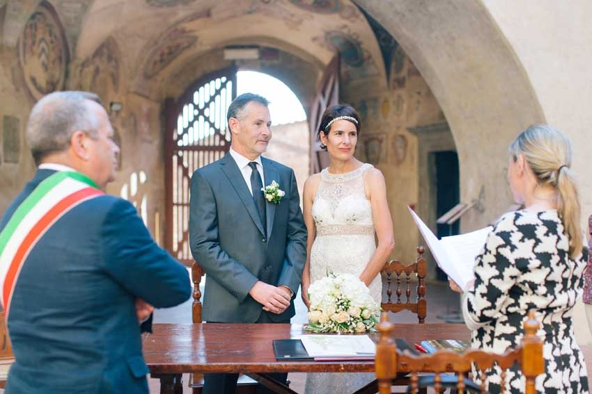 Outdoor civil ceremony in Certaldo Tuscany