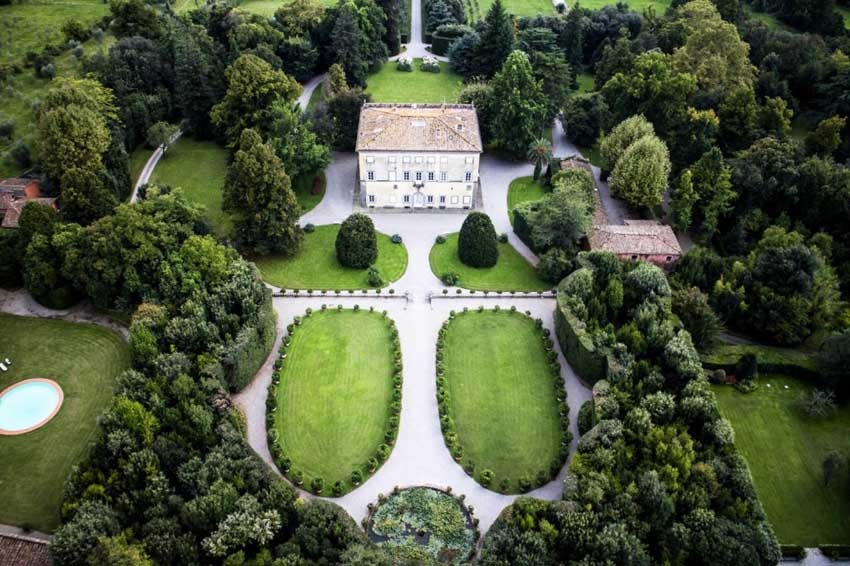 Aerial view of Villa Grabau wedding venue in Lucca, Tuscany
