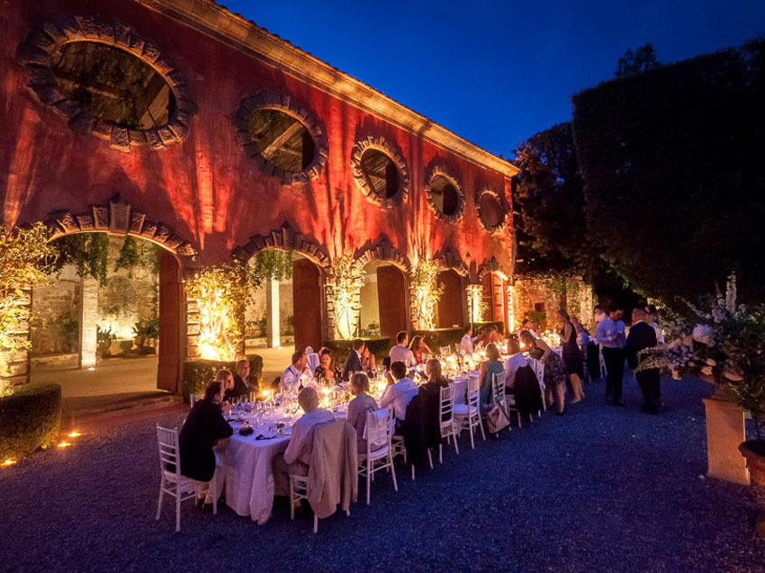 Outdoor wedding reception at Villa Grabau in Lucca, Tuscany