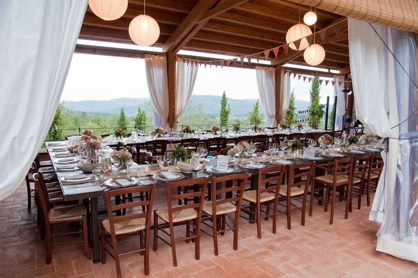 Wedding reception at Casa Cornacchi in Tuscany