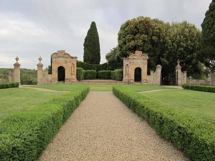 Villa di Geggiano for destination weddings in Tuscany