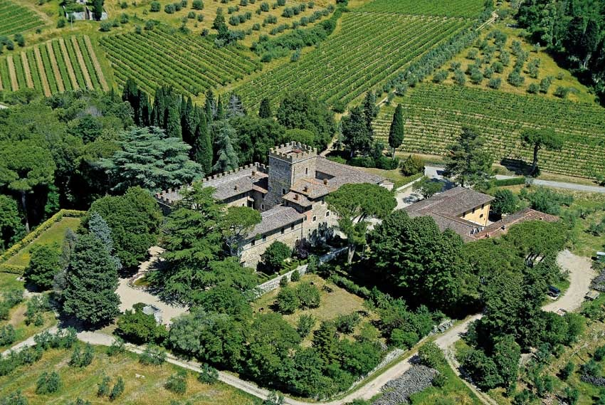Aerial view of Castello il Palagio for weddings in Tuscany
