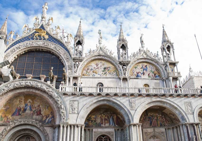 St Mark's Basilica for catholic weddings in Venice