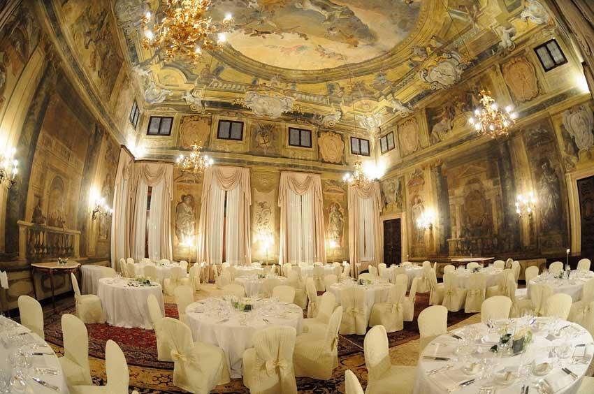 Hall of Cà Sagredo for wedding reception in Venice