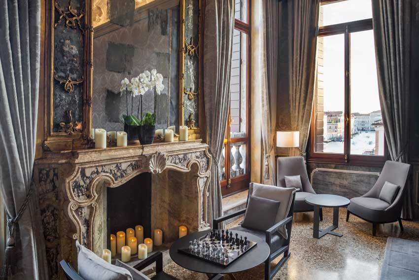 Aman Hotel for exclusive weddings with view of Venice