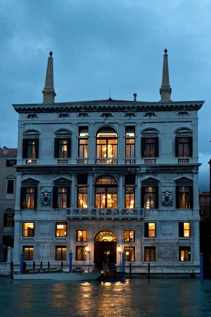 Facade of Aman Hotel for exclusive weddings in Venice