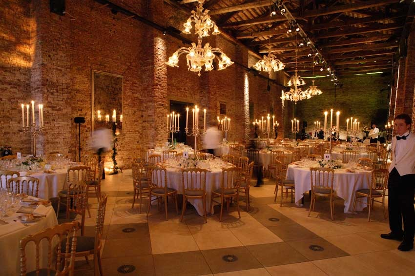Hall of Hotel Cipriani for wedding receptions in Venice