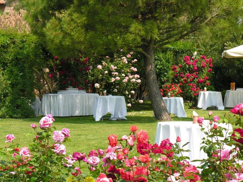 Outdoor wedding reception at Locanda Cipriani in Venice