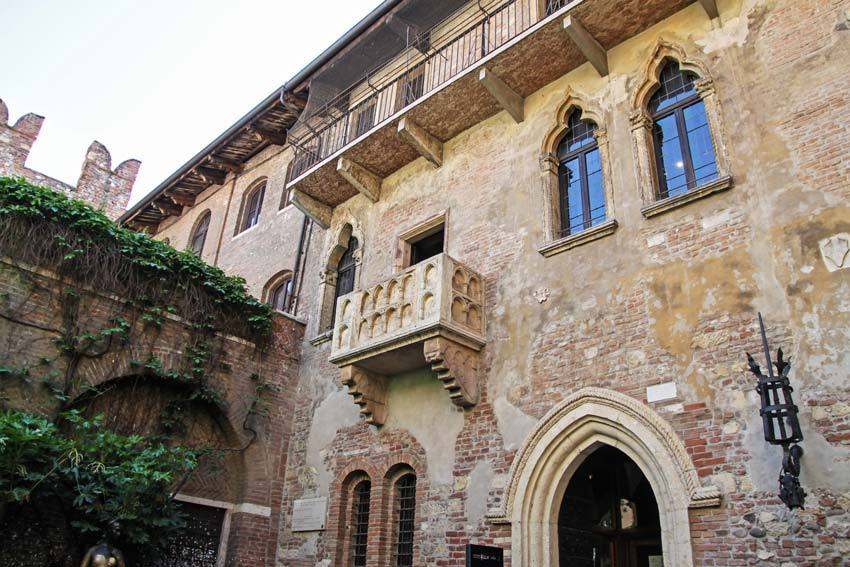 Juliet's House for civil weddings in Verona