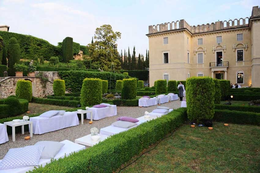 Cocktail at Villa Rizzardi for weddings in the countryside of Verona
