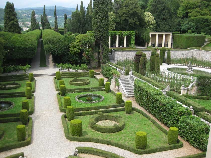 Gardens of Villa Rizzardi for weddings near Verona