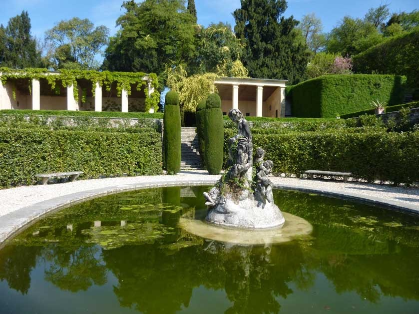 Pond of Villa Rizzardi for weddings near Verona