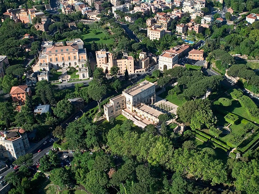 Aerial view of Villa Aurelia, venue for weddings in Rome