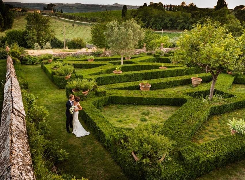 Gardens of Villa Le Corti for weddings in Florence