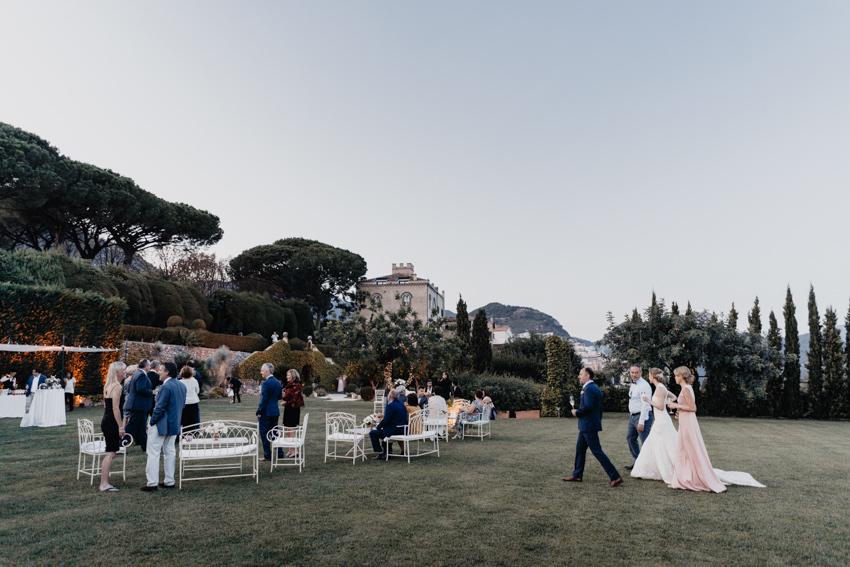 Wedding cocktail in the gardens of Villa Cimbrone