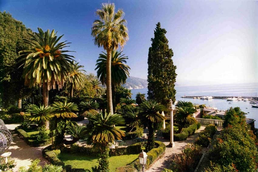 Gardens of Villa Durazzo for destination weddings in Santa Margherita