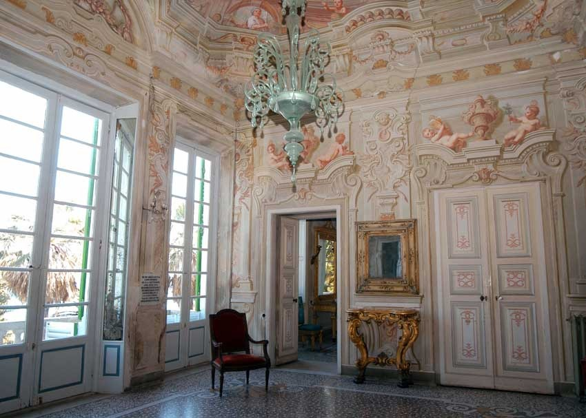Interior of Villa Durazzo for civil weddings on the Italian Riviera