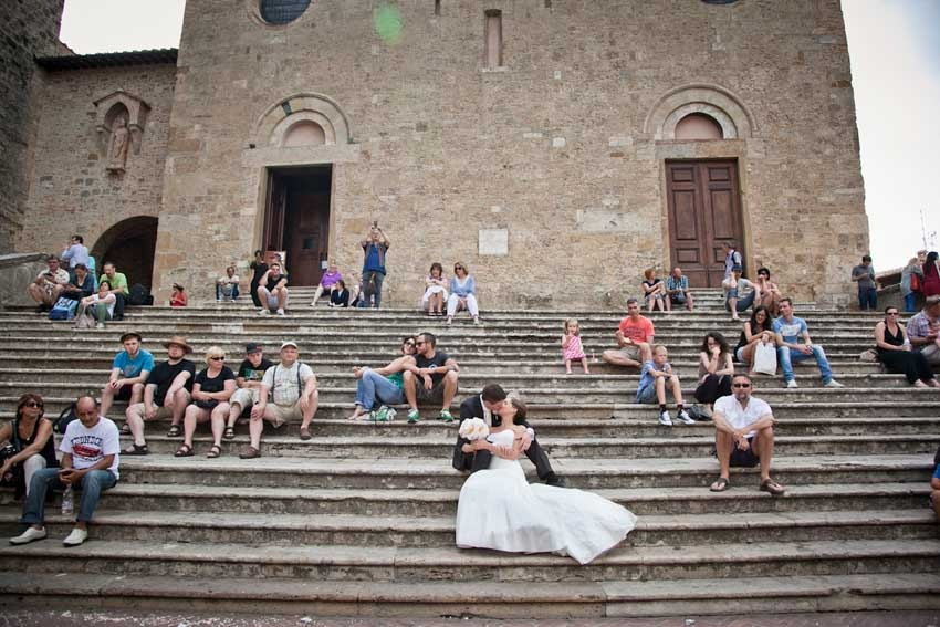 Church for catholic weddings in San Gimignano