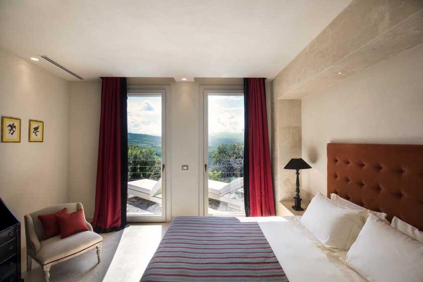 Room of Castello di Velona in Tuscany