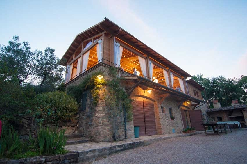 Casa Cornacchi for destination weddings in Tuscany