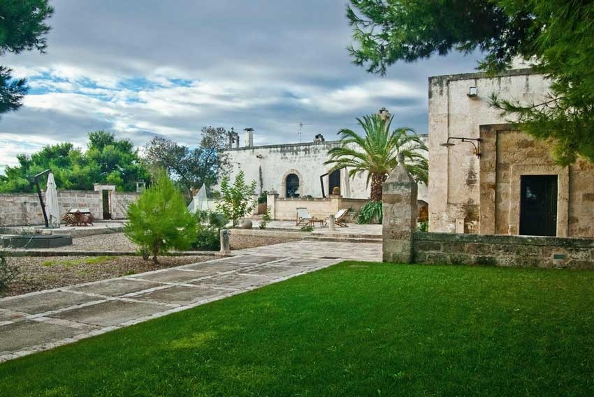Masseria for weddings in the Puglia region of Italy
