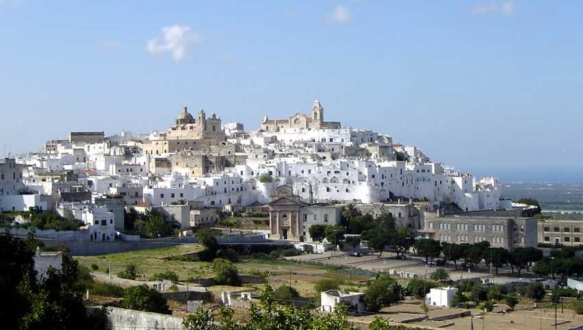 Puglia region for weddings in Italy by the sea