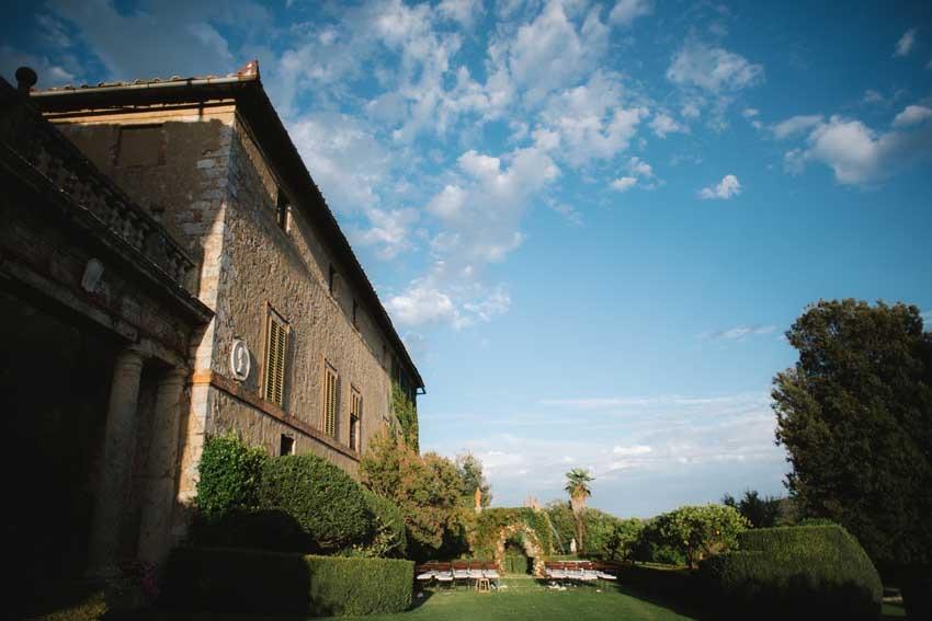 Borgo Stomennano for Tuscany weddings